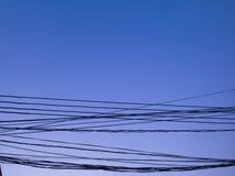 Небо и провода Стоковое Изображение