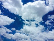 Небо и смогло стоковые изображения rf