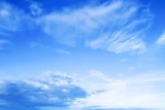 Небо красивого backgrounf голубое с облаком стоковые изображения rf