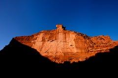 Небо красной горы голубое Стоковое Изображение RF