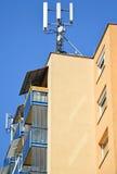 небо крыши предпосылки антенн голубое стоковые фото