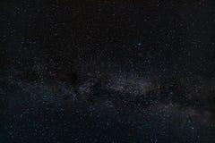Небо ночи звёздное с млечным путем стоковые изображения rf