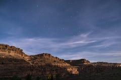 Небо ночи звёздное около следа Moab Юты гребня дикобраза Стоковая Фотография
