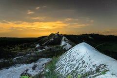 Небо ночи накаляя над холмами мела Стоковое фото RF
