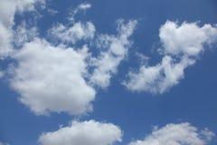 небо облаков высокое r стоковое изображение rf