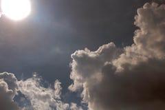 Небо облака искусства по солнцу Стоковое Изображение