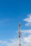 Небо облака рангоута радиосвязей Стоковые Фотографии RF