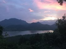 Небо озера и горы l Стоковое фото RF