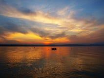 небо озера цвета предпосылки красивейшее Стоковая Фотография
