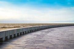 Небо океана обваловки голубое Стоковые Фото