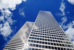 Небо 2 отражения здания Стоковое фото RF