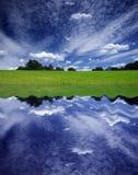 небо отражения Стоковое фото RF