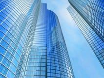 небо офиса здания предпосылки голубое Стоковые Фото
