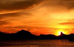 Небо охваченное огнем стоковое фото rf