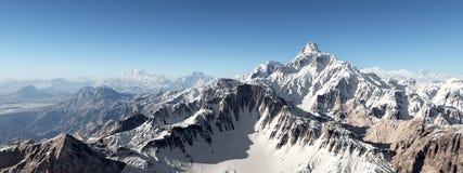 небо панорамы горы фильтра померанцовое иллюстрация штока