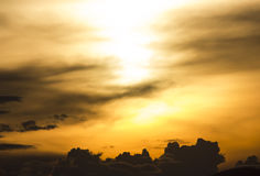 Небо перед заходом солнца Стоковое Изображение RF