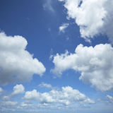 небо полдня Стоковое Фото