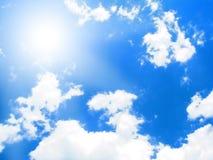 небо предпосылки солнечное Стоковая Фотография