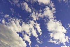 небо предпосылки Стоковые Изображения