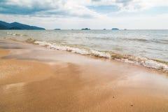 Небо пляжа песка Стоковая Фотография