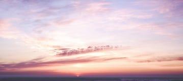 Небо рассвета зимы Стоковое фото RF
