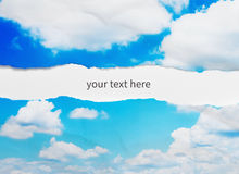 небо сорванное бумагой Стоковое Фото