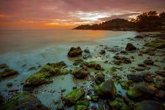 Небо Солнця установленное на провинции rayong пляжа kaew wang восточной thaila Стоковое Изображение RF