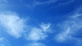Небо с некоторыми мягкими облаками Стоковые Фото
