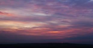Небо с облаками в вечере Стоковая Фотография