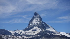 Небо Швейцарии горы Маттерхорна голубое Стоковое Изображение
