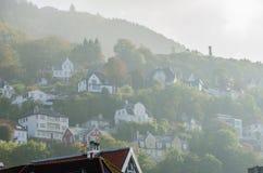 Небольшие дома на холмах стоковое изображение rf