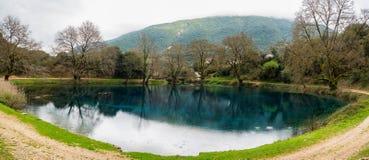Небольшое озеро в Греции Стоковые Изображения