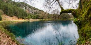 Небольшое озеро в Греции Стоковая Фотография