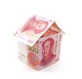 Небольшой дом образованный банкнотами Стоковая Фотография