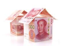Небольшой дом 2 образованный банкнотами Стоковые Изображения RF