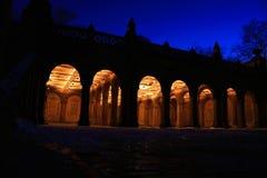 небо bethesda аркады голубое темное внешнее Стоковое Фото