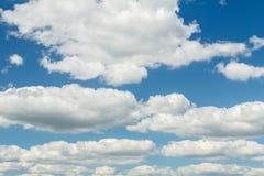 Небо Cloudscape в летнем дне Стоковое Изображение RF