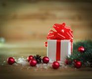 небо klaus santa заморозка рождества карточки мешка коробка с подарком на предпосылке рождества Стоковая Фотография RF