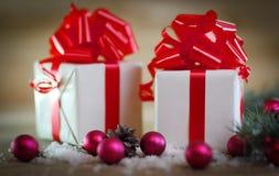 небо klaus santa заморозка рождества карточки мешка красочные коробки с подарками на backgrou рождества Стоковые Изображения