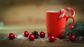 небо klaus santa заморозка рождества карточки мешка Кружка рождества на предпосылке рождества Стоковое Изображение RF