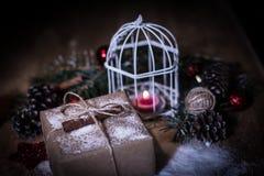 небо klaus santa заморозка рождества карточки мешка Свеча рождества и подарок рождества Стоковое Изображение RF