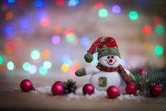 небо klaus santa заморозка рождества карточки мешка снеговик игрушки на предпосылке рождества Стоковое фото RF