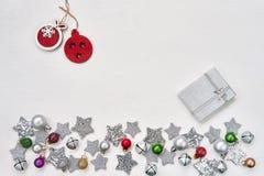 небо klaus santa заморозка рождества карточки мешка Украшение Кристмас на белой предпосылке верхняя часть VI стоковые фотографии rf