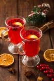 небо klaus santa заморозка рождества карточки мешка горячее пряное питье рождества клюквы и специи Стоковое фото RF