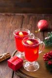 небо klaus santa заморозка рождества карточки мешка горячее пряное питье рождества клюквы и специи Стоковое Изображение RF