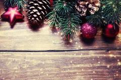 небо klaus santa заморозка рождества карточки мешка Ель с украшением на темной деревянной доске внутри Стоковое Фото