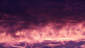 Небо Timelapse захода солнца огня видеоматериал