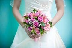 невеста букета bridal вручает s Стоковые Изображения RF