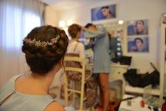 Невеста на ее день замужества с платьем стиля причёсок и свадьбы стоковая фотография rf