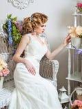 Невеста портрета в интерьере Стоковое фото RF